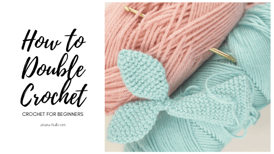 How to double crochet with pink and blue yarn.