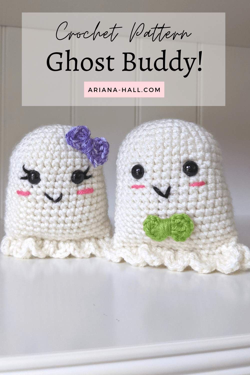 two whote crochet ghost with bows